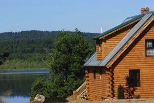 charming lakeside cabin