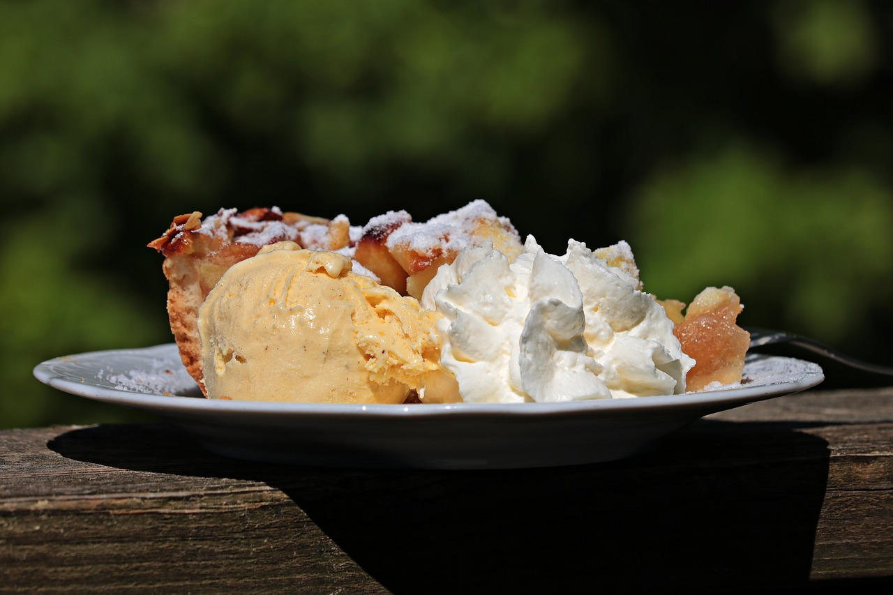 apple pie at the cable fall fest dessert competition